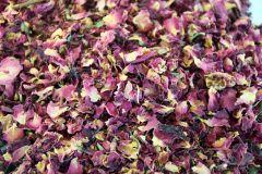 Rožu ziedlapiņas